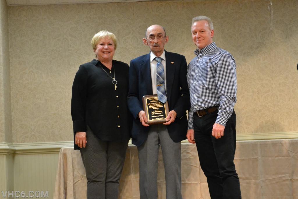 John S. Hollinger Bruce L Reeder, Sr Golden Service Award
